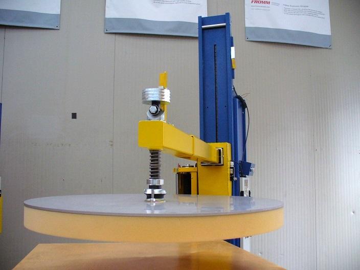 Fromm ovijeci stroje - Toppress  (horní přítlak / stabilizace) motorizovaný